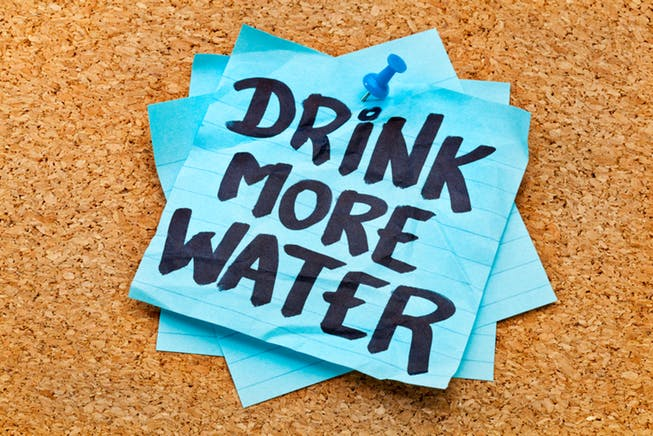 tips to drink more water - reminders