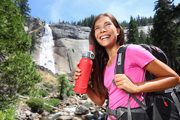 What is the Best Filtered Water Bottle to Help You Save the Environment? We have the Answer!