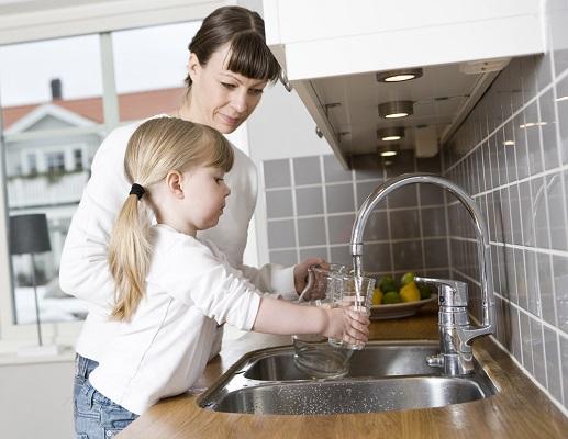 under sink filtered tap water